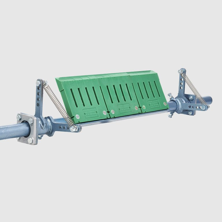 Flat Belt SLT Tangential Scraper is the ideal primary scraper – available with or without carbide tips